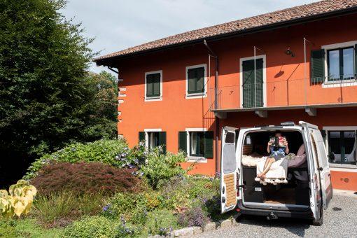 Culinaire Europa reis in een verbouwde camperbus. Alle lokale lekkernijnen ontdekken waar ook in Europa. Wil ook deze levenstijl? Lees dan meer op Girls Who Magazine