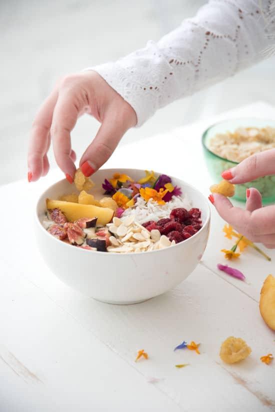 5-x-de-nieuwste-ontbijt-trend-tropical-bowls