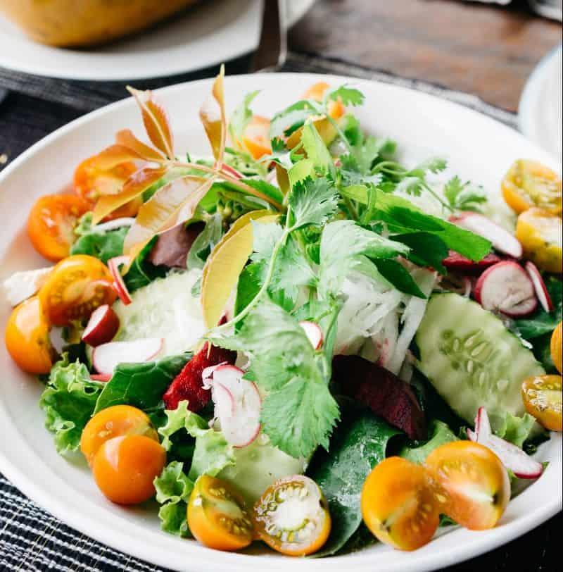 gezonde maaltijdsalade // recepten maaltijdsalades // maaltijdsalades recepten // recepten makkelijke salades